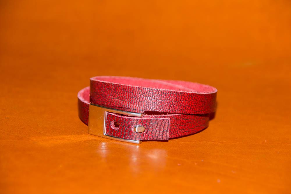 bracelet plat cuir de chèvre rouge