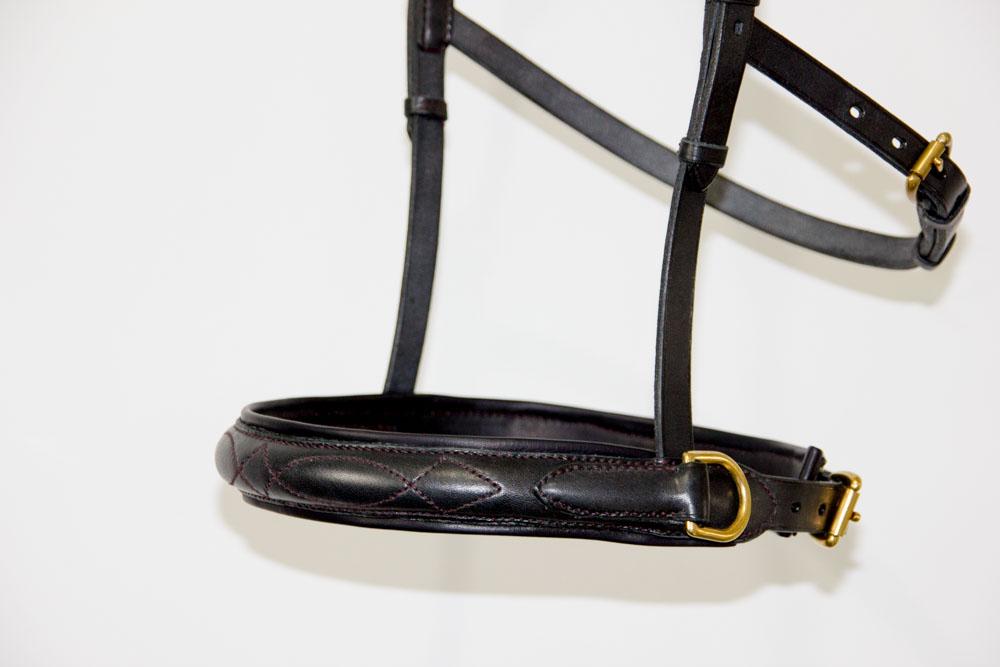 side-pull minimaliste avec sous-auge et muserolle bombée
